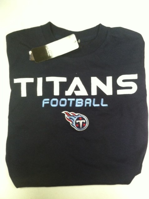 "Tennessee Titan's NFL TEAM APPAREL T-shirt "" Line of Scrimmage"""